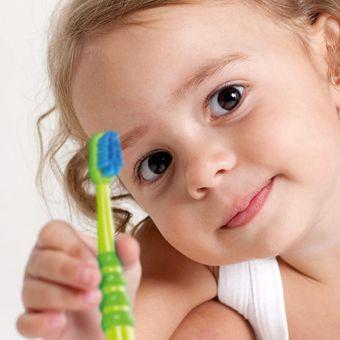 Dječja četkica za zube CURAPROX CK 4260